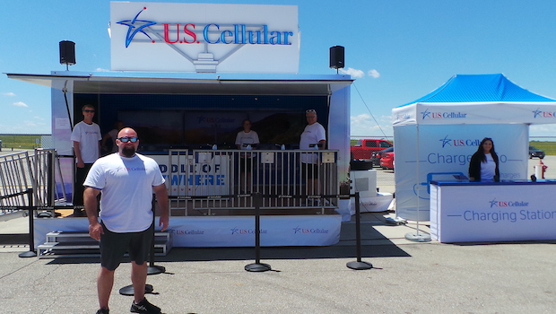 Pop up stage trailer for lease