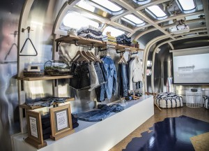 levi's mobile pop-up store