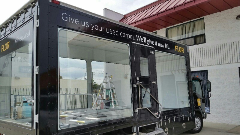 18 foot glass walled display truck