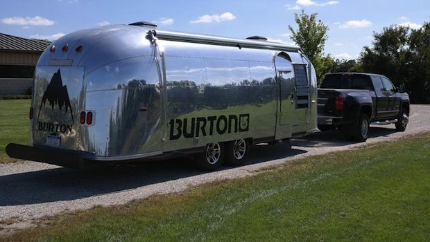 airstream pop up store or lounge for lease