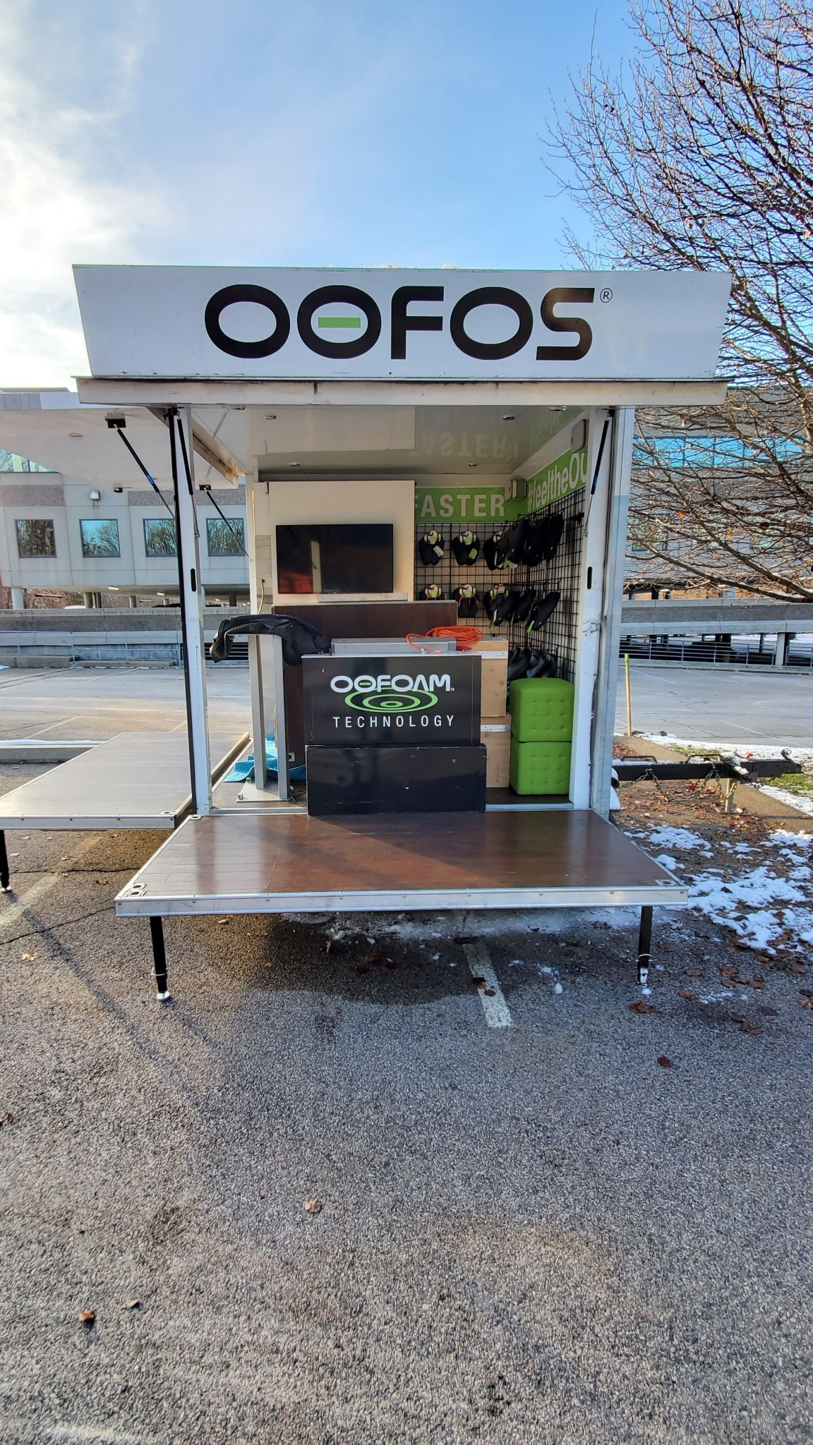 Small Mobile Pop-up Store open passenger side