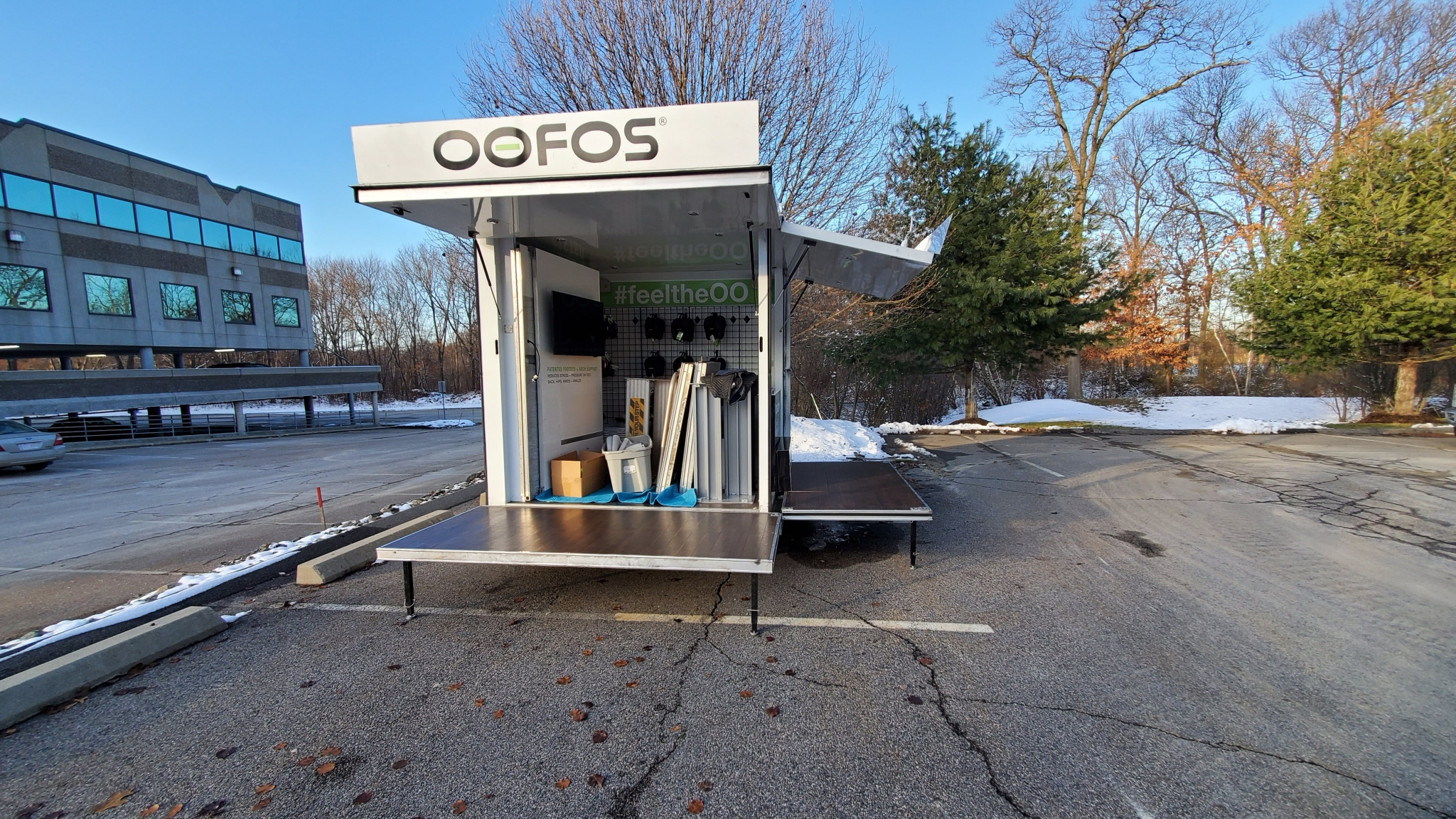 Small Mobile Pop-up Store rear opening