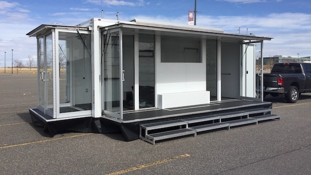 2015 Bizbox trailer for lease