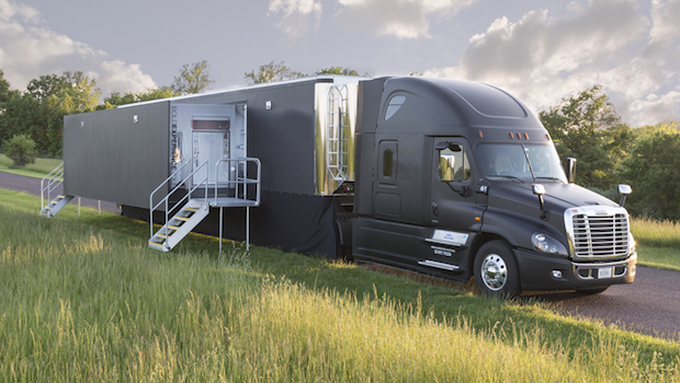 2016 Featherlite single expandable trailer