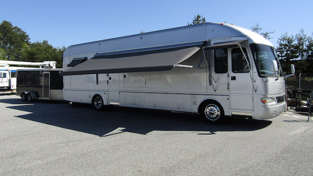Airstream Skydeck with race awning