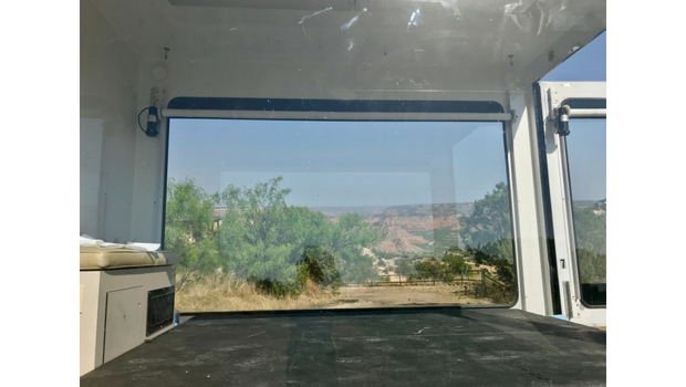 2006 Isuzu NPR Glass Walled Truck