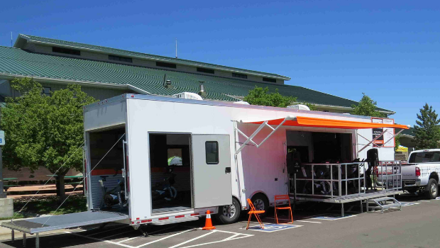 mobile gym trailer stage