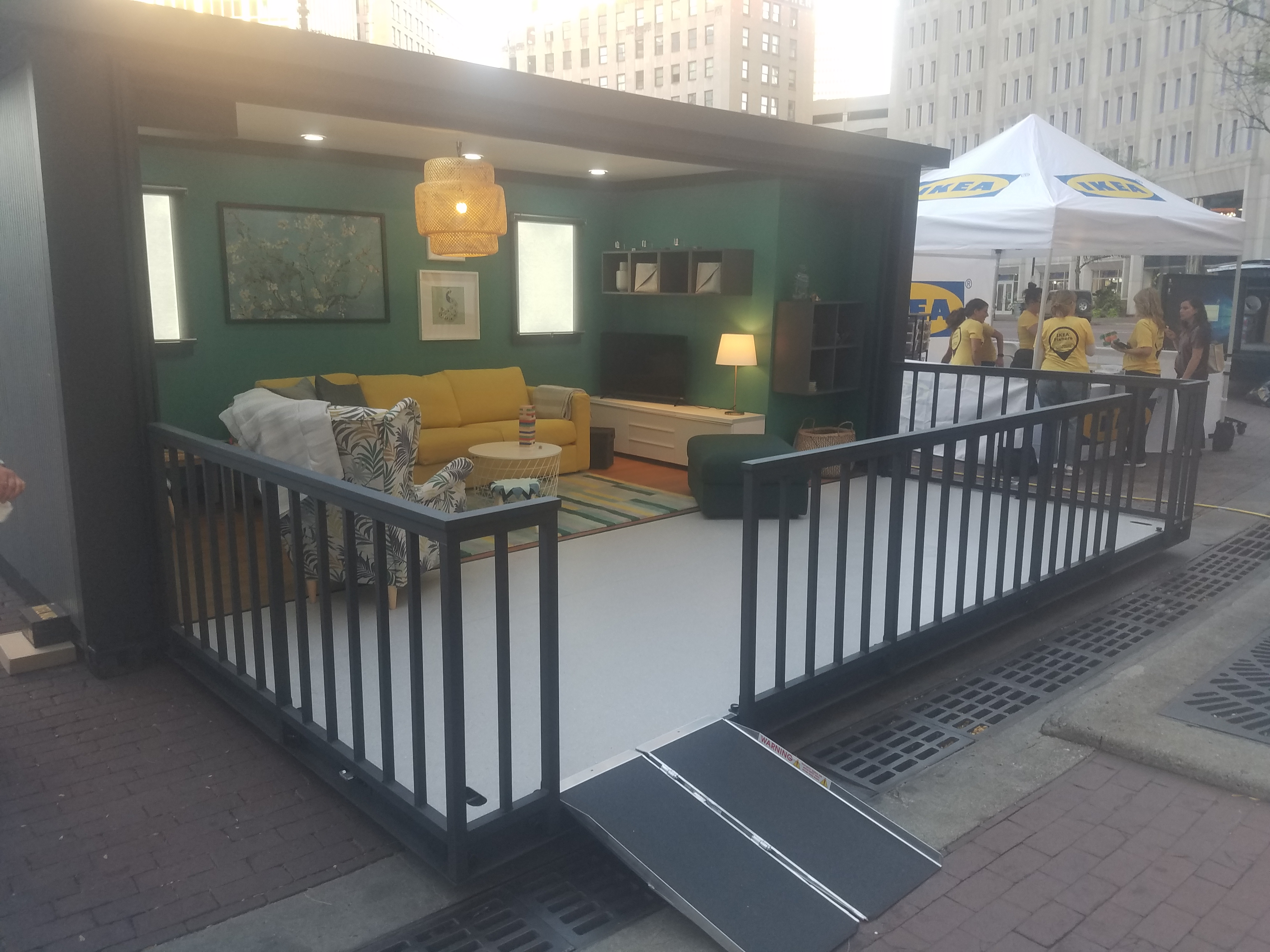 Pop Up Shipping Container