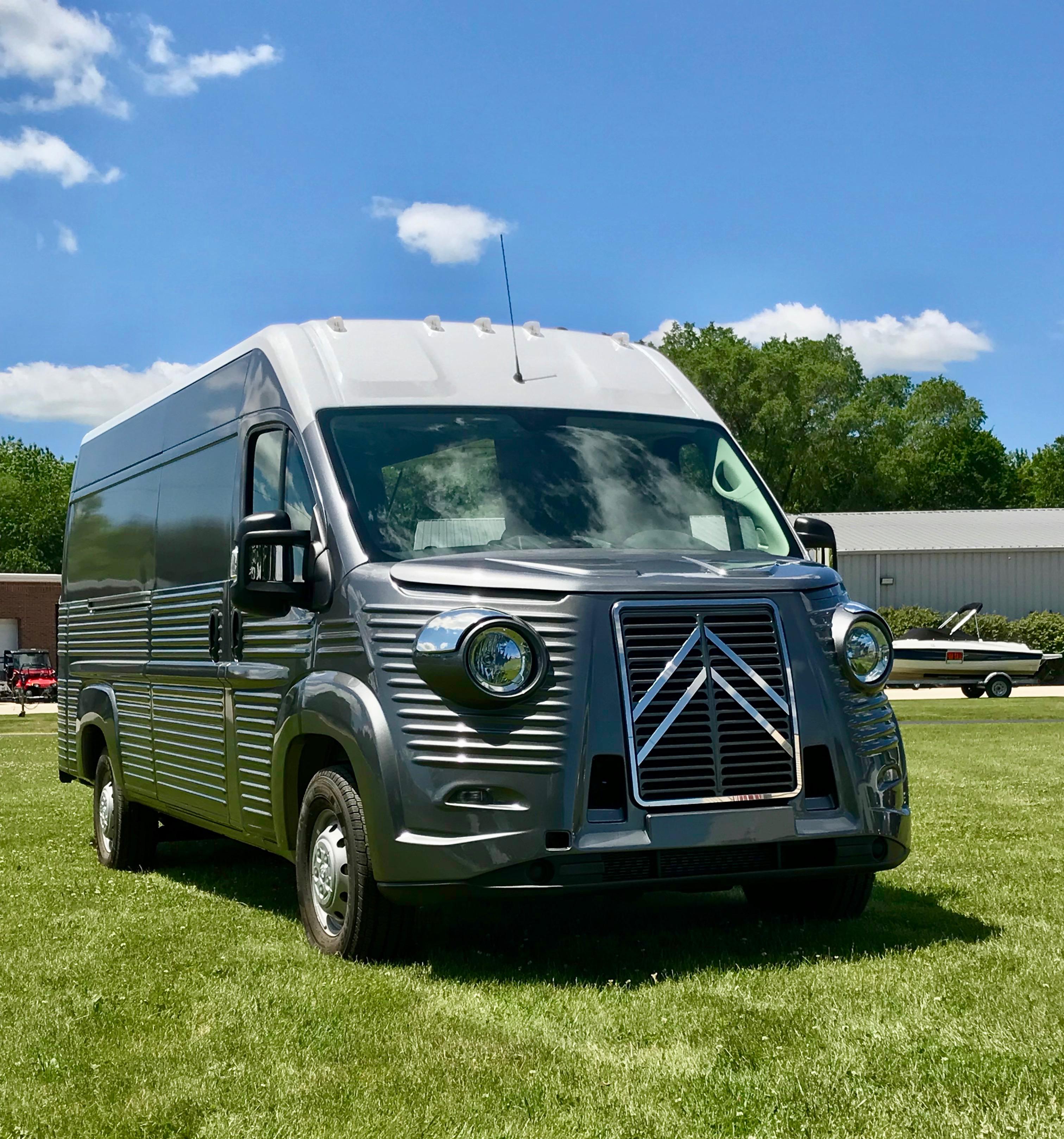 Citroen HY Van (Modern) front angle