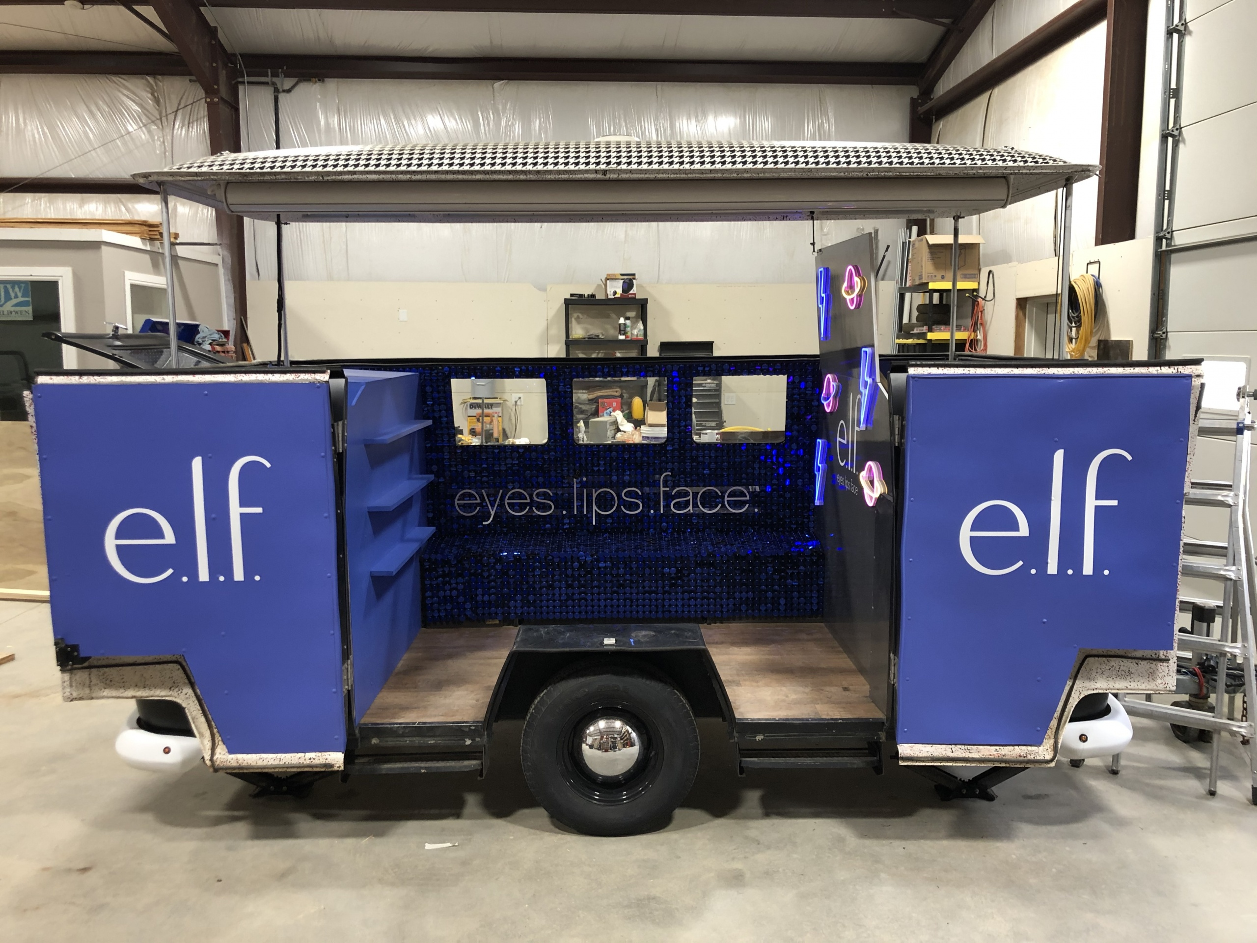 ELF halloween trailer