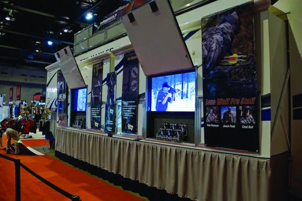 Custom Display Trailer rear monitors
