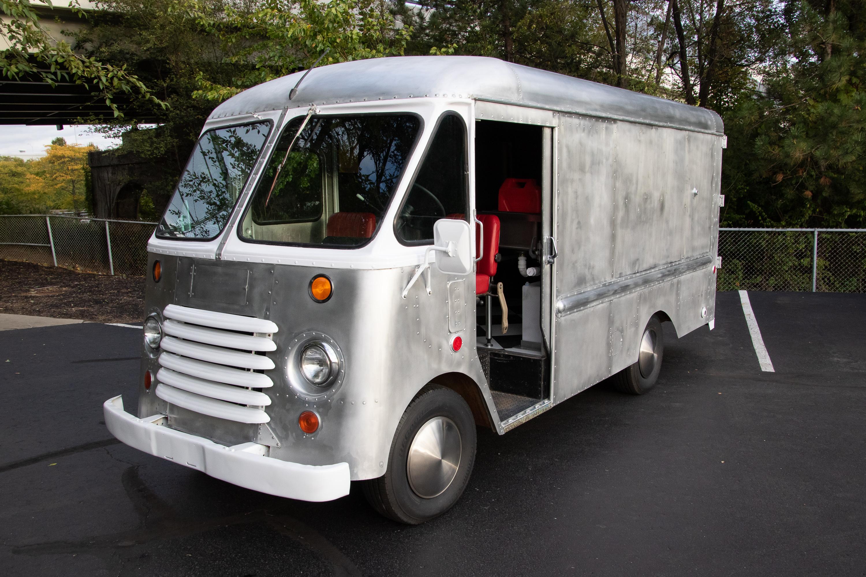 Food Truck Rental non show driver door open from front
