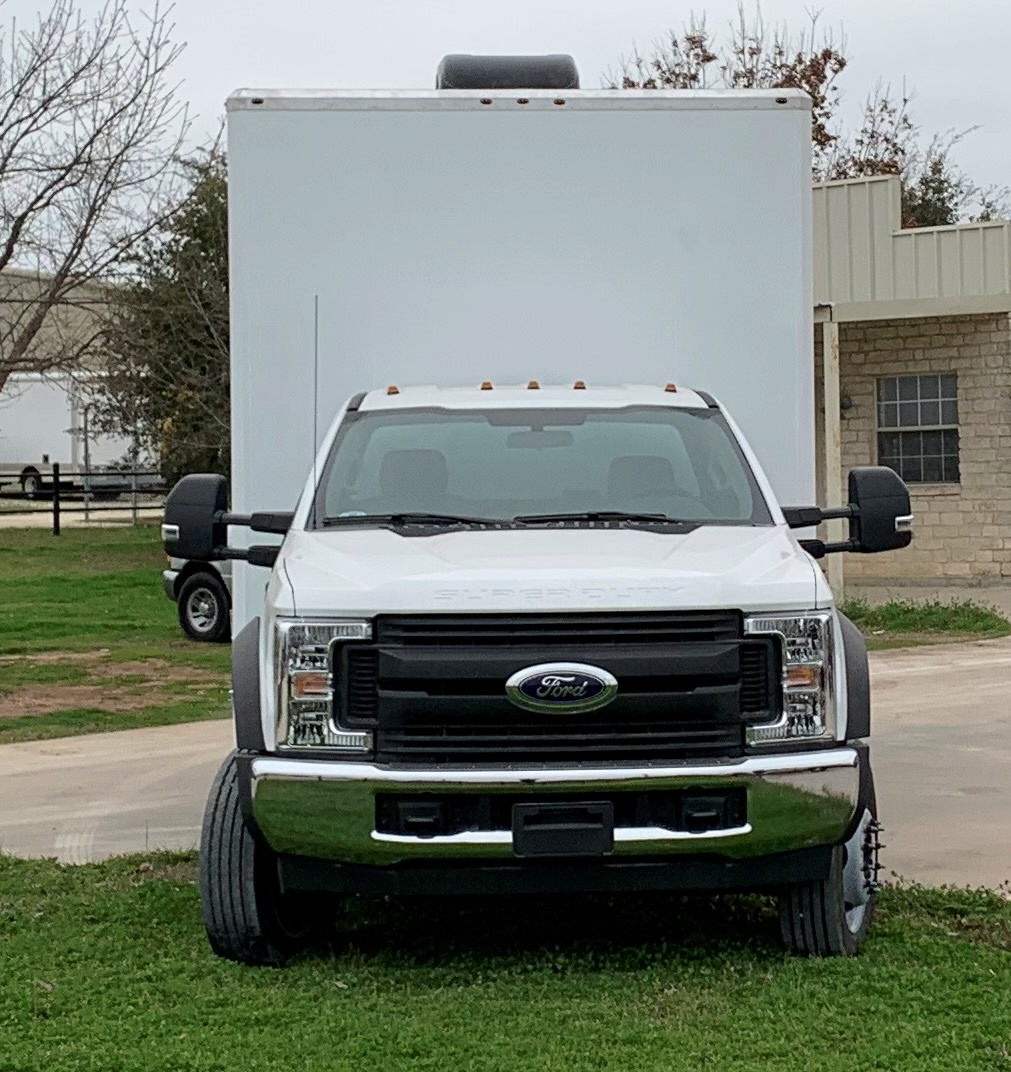 18' glass walled truck front