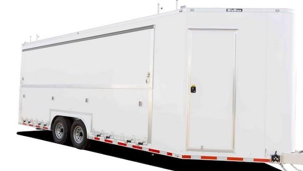 pop-up shop trailer in transport