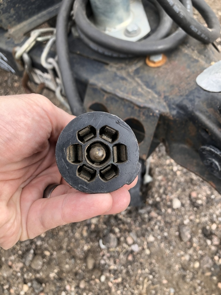7 pin blade trailer lights connector