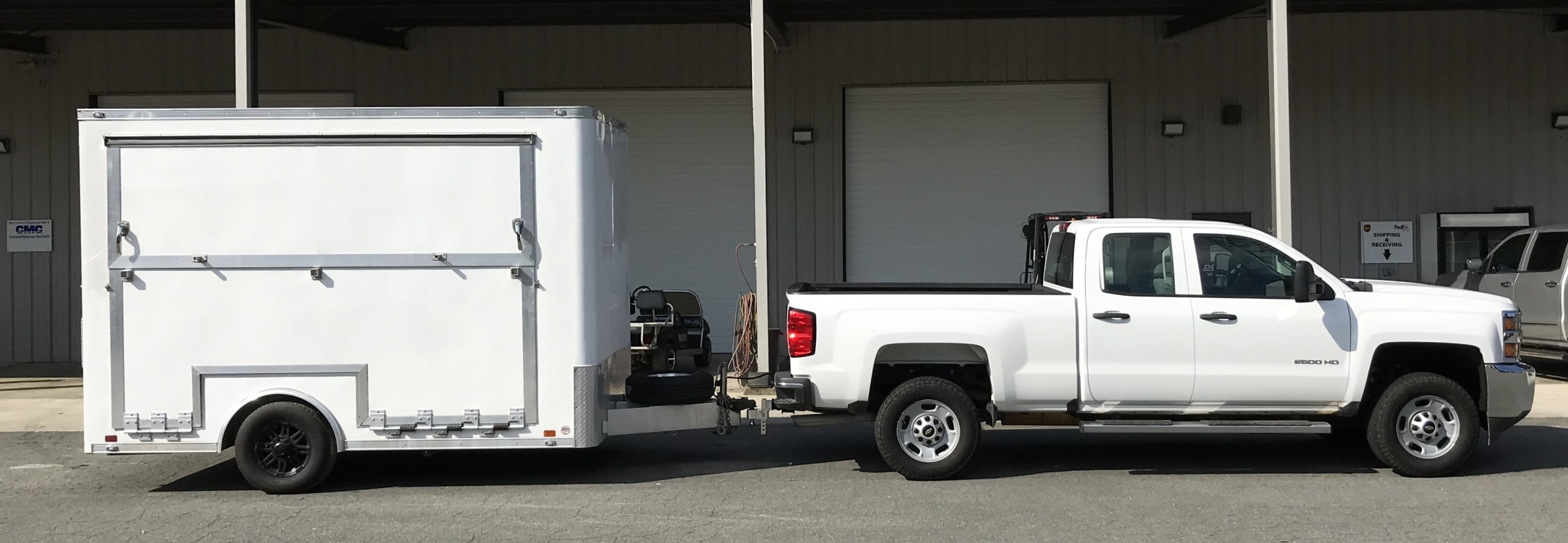 small experiential display trailer easy towing