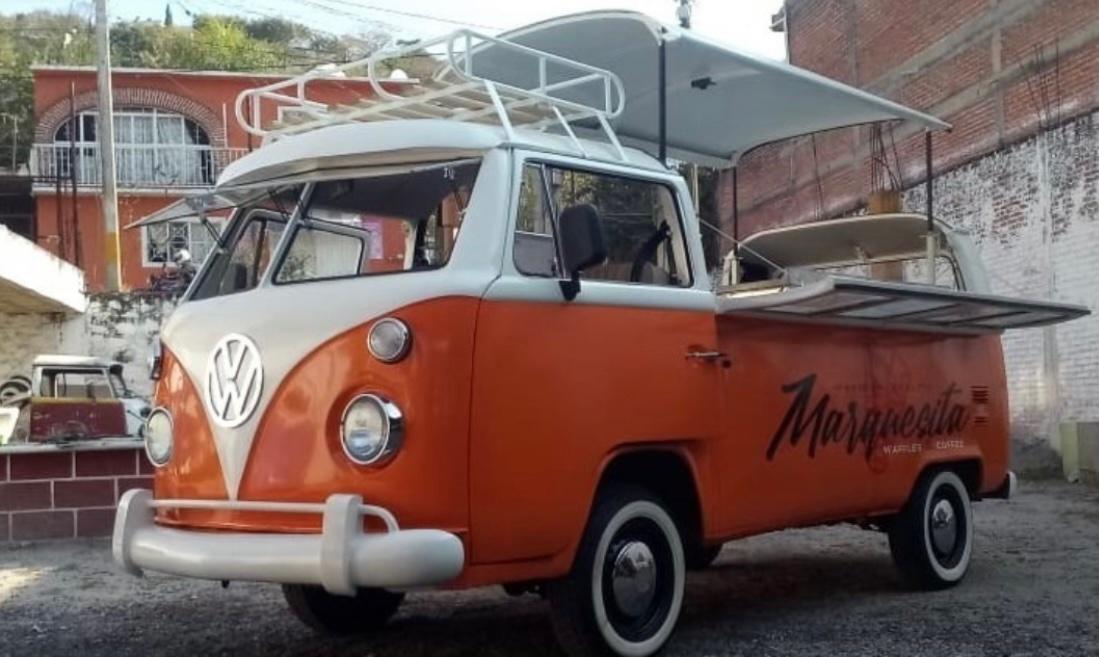 volkswagon bus food truck pop-up roof